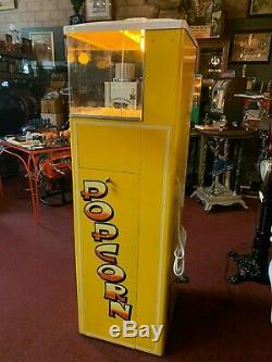 1950's FEDERAL 10 Cent Popcorn Warming Vending Machine Watch Our Video