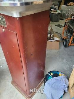 1950's Popcorn Vending/warming Machine Manufactured By Gold Medal