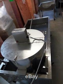 Kettle corn making machine, Large sorting table, electric steering control